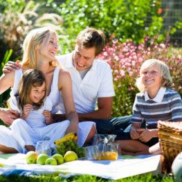 Отдыхать всей семьей выгодно! Только до конца лета скидка 30%
